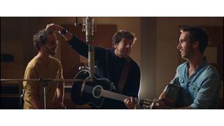 Patrick Bruel dévoile le clip de «Tous les deux» en duo avec Boulevard des Airs